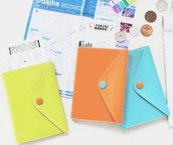 """Обложка для паспорта """"Bright Passport"""" (разные цвета)"""