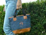Удобная текстильная сумочка